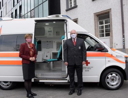 Innsbruck unterstützt Gesundheitsbehörden in Sarajevo – Stadt Innsbruck schenkt Rettungsfahrzeug an Partnerstadt in Bosnien und Herzegowina